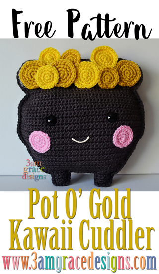 Our Pot O' Gold free amigurumi crochet pattern is full of gold coin magic. He's an adorable pillow for your St Patrick's Day festivities.
