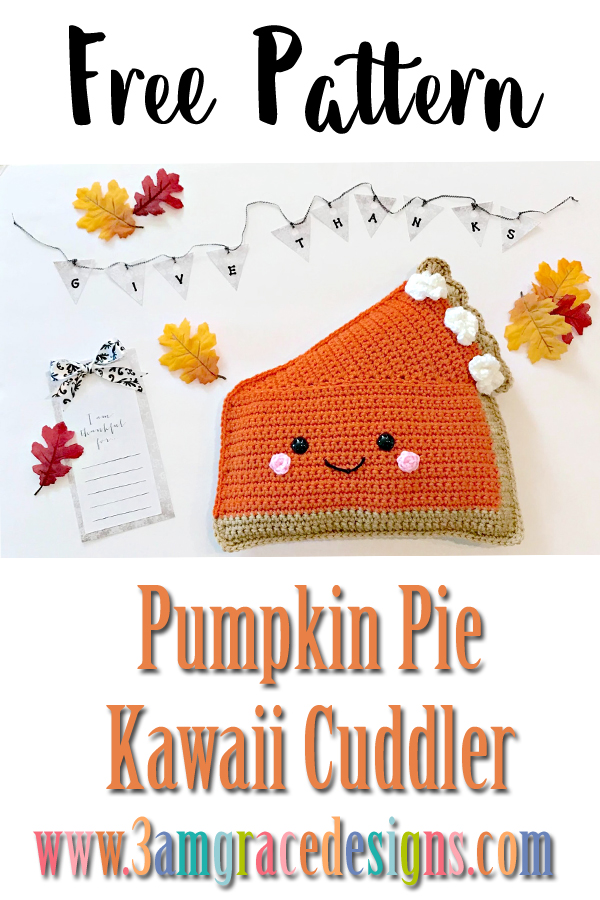 Free pumpkin pie crochet pattern to create an adorable amigurumi pillow for Thanksgiving! Easy tutorial with your homemade holiday!