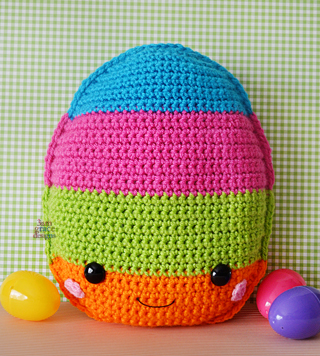 Ravelry: Chicken Eggs - Easter Egg - Amigurumi pattern by Kristi ... | 356x320