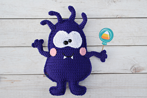 Monty and Myrtle the Monsters – Amigurumi Crochet Pattern | | 320x480