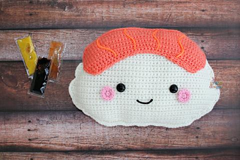 salmon nigiri crochet pattern