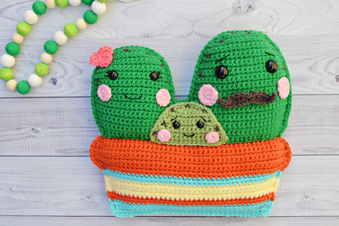 The Frog Prince Crochet Kit and Pattern in Cygnet Yarn (CY1228 ... | 320x480
