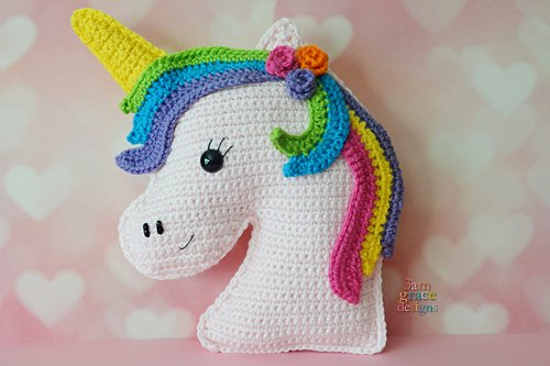 Free Crochet Unicorn Pattern - thefriendlyredfox.com | 333x500